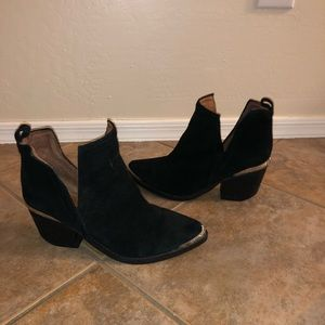 Jeffrey Campbell Cromwell Cutout Boot Bootie 7.5